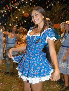 Vestidos para Festas Juninas | Como fazer em casa Cute Fashion, Girl Fashion, Refashion, Dress Up, Prom Dresses, Cosplay, Costumes, Halloween, Casual