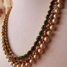 Fulfill a Wedding Tradition with Estate Bridal Jewelry Gold Jewelry Simple, Stylish Jewelry, Jewelry Sets, Fashion Jewelry, Antique Jewellery Designs, Gold Jewellery Design, Jewellery Rings, Latest Jewellery, Handmade Jewellery