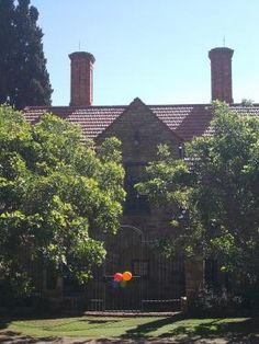 Find Heritage Sites in Gauteng and other provinces in South Africa Johannesburg City, Heritage Site, Seattle Skyline, South Africa, Mansions, Plants, Gold, Blue, Travel