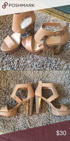 """Jessica Simpson Heels Super cute nude heel sandals with gold accents. Only worn a couple times. 4.5"""" heel and 1"""" platform. Jessica Simpson Shoes Heels"""