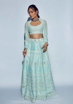 Kareena Kapoor Khan looks absolutely stunning in a powder blue Manish Malhotra outfit for Akash Ambani wedding. Kareena Kapoor Khan, Kareena Kapoor Lehenga, Kareena Kapoor Wedding, Manish Malhotra Lehenga, Deepika Padukone, Lehenga Choli, Indian Look, Indian Wear, Indian Style