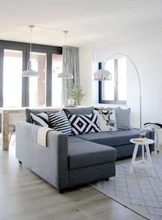 10 Tips for Choosing the Best Modern Convertible Sofa Bed with Storage - HABthemes Living Room Grey, Home Living Room, Apartment Living, Living Room Designs, Living Room Decor, Dining Room, Arco Floor Lamp, Floor Lamps, Sofa Bed With Storage