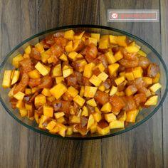 Cartofi gratinați cu piept de pui la cuptor – atât de simplu se fac, dar sunt atât de buni - savuros.info Sweet Potato, Potatoes, Vegetables, Food, Vegetable Recipes, Eten, Veggie Food, Potato, Meals