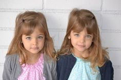 See What The World's Most Beautiful Twins Are Up To Now - yourhairperfect Beautiful Children, Beautiful Babies, Most Beautiful, Twin Baby Girls, Twin Babies, Cute Twins, Cute Babies, Fashion Kids, Girl Sign