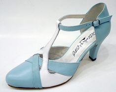 Alföldi Cipőbolt - alföldi cipők - alföldi papucsok - csizmák - saruk - bakancsok - néptánc cipők Character Shoes, Dance Shoes, Heels, Fashion, Dancing Shoes, Heel, Moda, Fashion Styles, High Heel