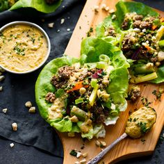 Easy Whole30 Lettuce Wraps that are so quick and simple to make. They make the perfect Whole30 lunch or dinner recipe. Makes meal prep a breeze!