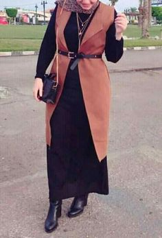 Shop sexy club dresses, jeans, shoes, bodysuits, skirts and more. Modern Hijab Fashion, Street Hijab Fashion, Abaya Fashion, Muslim Fashion, Outfits Casual, Casual Hijab Outfit, Hijab Chic, Hijab Style Dress, Hijab Dress Party