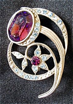 Pot Metal Amethyst and Aquamarine Brooch Pin