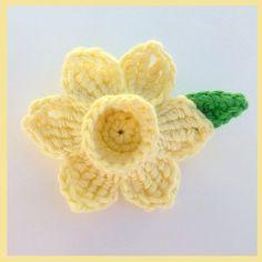 Free Crochet Daffodil Flower Pattern : 1000+ images about Knit/Crochet Flowers on Pinterest ...