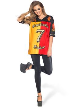 Support your favorite quidditch team both on and off the pitch with this chic jersey.