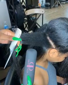 Hair Care Tips That You Shouldn't Pass Up – Hair Extensions Remy Pressed Natural Hair, Curly Hair Styles, Natural Hair Styles, Edges Hair, Hair Laid, Hair Care Tips, Hair Videos, Hair Looks, Hair Type