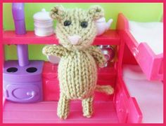 Knitted Toy Box: Wee Mouse