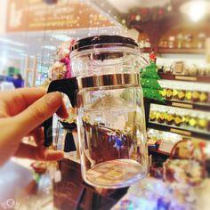 Встречайте нашу малютку гунфушечку! Это самый идеальный вариант для пролива чая! Теперь еще более компактный и мобильный, поместится даже в небольшой сумочке) .