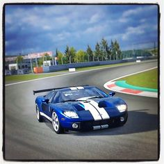 Racing Ford GT40, #Ford, #CarCredit, www.carcredittampa.com
