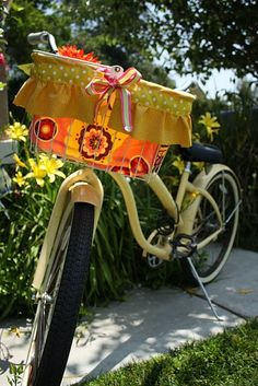 DIY- Adorable bike basket liner! You Choose colors ! PERFECT GIFT !