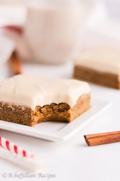 Gingerbread Cookie Bars with Bailey's Cream Cheese Frosting #gingerbread #cookie #dessertbar #Baileys #creamcheese #dessert #dessertrecipe #baking #holidays |