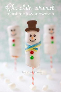 Chocolate caramel marshmallow snowmen - I Heart Nap Time Christmas Goodies, Christmas Candy, Christmas Desserts, Christmas Treats, Christmas Baking, Holiday Treats, Holiday Fun, Christmas Holidays, Christmas Decorations