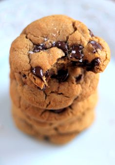 The BEST Gluten Free Chocolate Chip Cookies made with coconut oil and quinoa flour