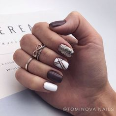 On average, the finger nails grow from 3 to millimeters per month. If it is difficult to change their growth rate, however, it is possible to cheat on their appearance and length through false nails. Are you one of those women… Continue Reading → Stylish Nails, Trendy Nails, Cute Acrylic Nails, Cute Nails, Hair And Nails, My Nails, Dark Nails, Fall Nail Art Designs, Dark Nail Designs
