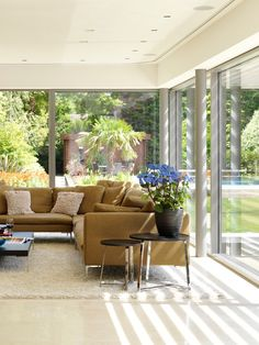80 Ideas For Contemporary Living Room Designs - Home Decoration Beautiful Living Rooms, Living Room Modern, Living Room Designs, Room Interior Design, Living Room Interior, Living Room Decor, Sofa Design, Contemporary Home Decor, Interior Architecture