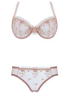 Burvogue Elegant Plus sizes Lace Cheap Underwear Bra Sets Wholesale