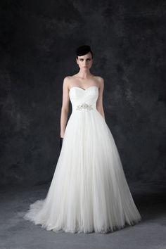Kleinfeld Bridal Mobile - Wedding dress princess ball gown sweetheart neckline