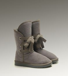 Women UGG Roxy Short Boots Grey   luxurybootsstore