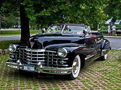 1949 Cadillac Series 62 Convertible #1949cadillacconvertibleclassiccars
