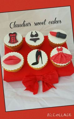 Cup cakes pin up