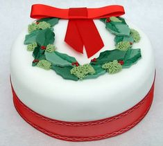 Torta Natalizia n.2 Christmas Cakes Pictures, Cake Decorating Piping, Holly Wreath, Creative Cakes, How To Make Cake, Christmas Wreaths, Awesome, Desserts, Blog