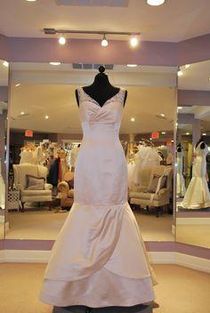 Simone Carvalli Style 7026 bridal gowns antique size 12