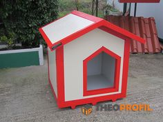 Insulated Dog House, Pet Kennels, Puppy Care, House Made, Dog Houses, Dog Owners, Dogs And Puppies, Bird, Pets