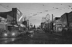 La avenida Juárez en los años cincuenta del siglo XX. La Juárez: la debacle de una calle a la orilla del imperio, por Juan Carlos Martínez Prado, en FronteraD