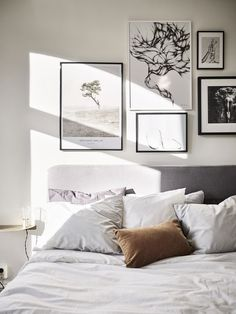 32 Awesome Gallery Wall Decor Ideas For Bedroom - Home Bestiest Home Bedroom, Bedroom Wall, Bedroom Furniture, Bedroom Decor, Girls Bedroom, Bedroom Ideas, Wall Decor, Master Bedrooms, Dream Bedroom