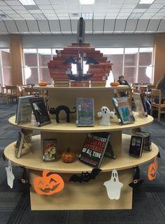 Jackolantern Book & Halloween Display