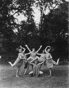 Dancing Outdoors circa Members of the Margaret Morris dance troupe dancing out-of-door in accordance with the Margaret Morris Movement (MMM) interpretation of dance. (Photo by Sasha/Getty Images) Fine Art Prints, Framed Prints, Canvas Prints, Morris Dancing, Modern Dance, Photographic Prints, Stock Pictures, Poster Size Prints, Vintage Photos