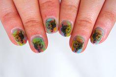 http://effiesmakeupbox.blogspot.com.es/    Tye Dye Tiger Nails