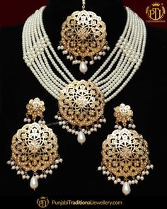 Jewellery Gold Shop Near Me both Ladies Gold Necklace Set Indian Jewelry Sets, Bridal Jewelry Sets, Wedding Jewelry, Vintage Bridal Jewellery, Pearl Necklace Set, Pearl Jewelry, Silver Jewelry, Antique Jewelry, Silver Ring