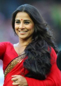 The 'Ooh la la' girl, Vidya Balan enjoyed a meteoric rise in stature after her debut in Parineeta. She boasts long wavy hair which are the envy of many a women.