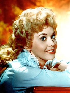 Donna Douglas, Beverly Hillbillies Star, Dies at 81 http://www.people.com/article/donna-douglas-elly-may-clampett-beverly-hillbillies-dies