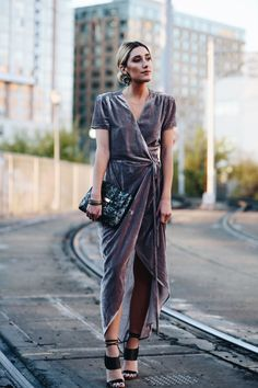 I've been in search for one of these wrap velvet dresses ever since I saw Something Navy wear one – it just so happened when I was browsing Nordstrom, I spotted this gorgeous grey velve…