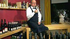 Gadgets für Weinliebhaber - Ob Korkenzieher, Kühler oder Dekantierer: Wer seinen Wein perfekt genießen will, braucht das entsprechende Zubehör.  Sehen Sie dazu einen Report bei HOTELIER TV: http://www.hoteliertv.net/f-b/gadgets-für-weinliebhaber/