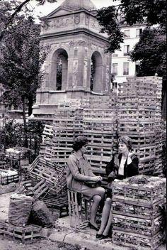 La fontaine des innocents dans les années 60