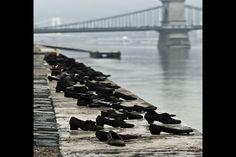 7. Escultura de los zapatos en la orilla del Danubio, un monumento en Budapest