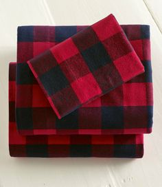 Have to get some flannel sheets for the winters! red Buffalo Plaid flannel sheets - L.L. Bean