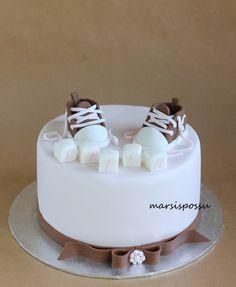 Marsispossu: Ristiäiskaku tytölle, Christening Cake