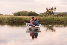 Couple shoot on a damn, couple sitting in a boat. The Notebook couple shoot inspiration. Romantic engagement session with couple in boat. Engagement Couple, Engagement Shoots, Couple Photography Poses, Wedding Photography, Wedding Cape, Sweet Couple, Couple Shoot, Big Day, Getting Married