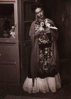 la vida de Frida Khalo en fotos.