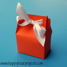 Happy Hour Projects: Paper Treat Box template
