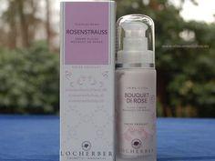 Flüssigcreme Rosenstrauß von Locherber bringt Feuchtigkeitspflege auf den neusten Stand. Die Haut wird mit einem Schutzfilm zu umgeben, der schädlichen äußeren Einflüssen entgegenwirkt und die H